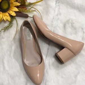 Cole Haan slips on size 5B color Cream